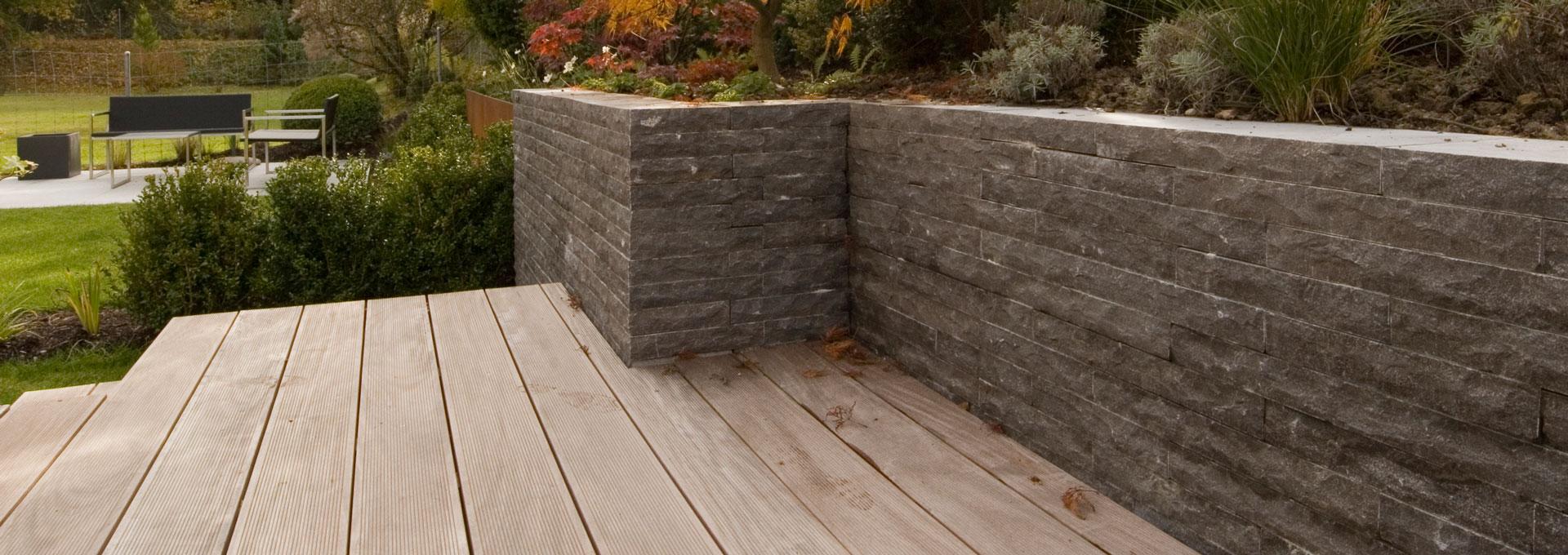 Gartenmauer Von Den Experten Fur Gartenbau Im Aargau Bauen Lassen